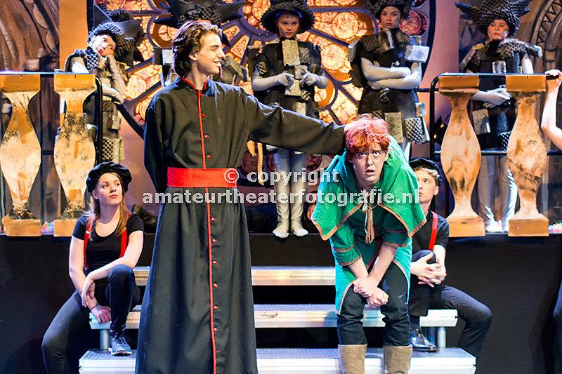 77. De klokkenluider van de ]Notre Dame - D. Mamagaai. 14-02-2016
