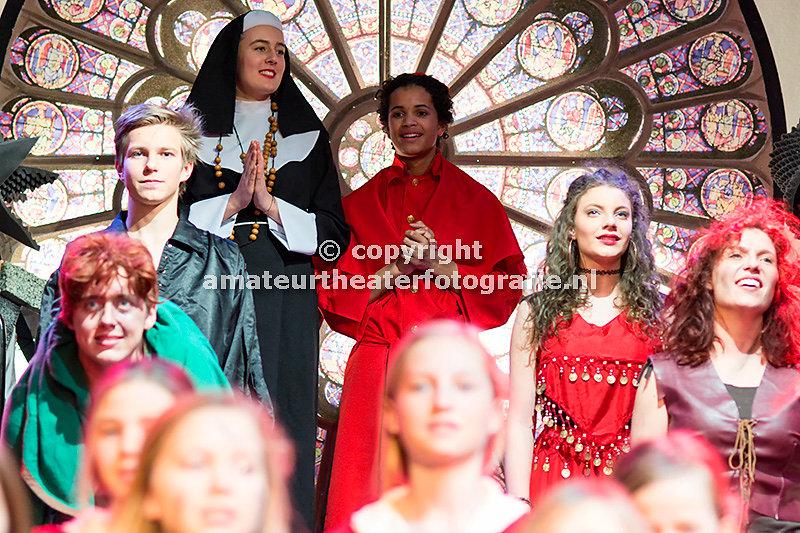 91. De klokkenluider van de ]Notre Dame - D. Mamagaai. 14-02-2016