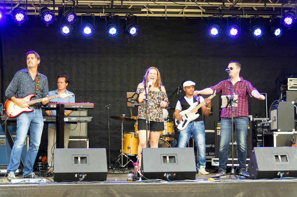 6. UvA - Summer Festival Roeterseiland. The Faculty