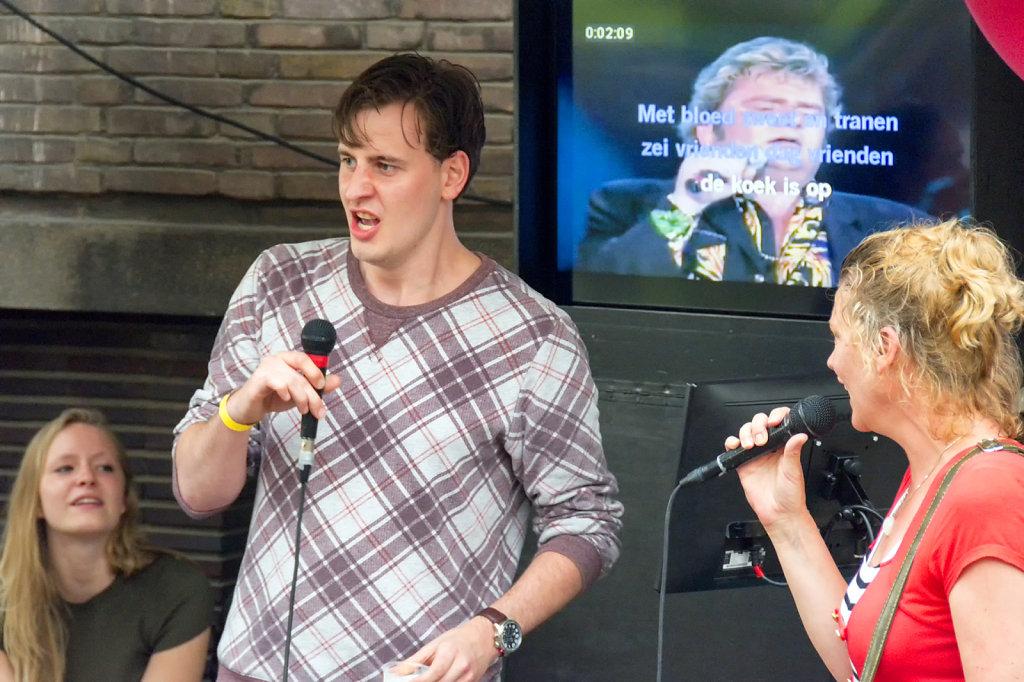 19. UvA - Summer Festival Roeterseiland. Karaoke
