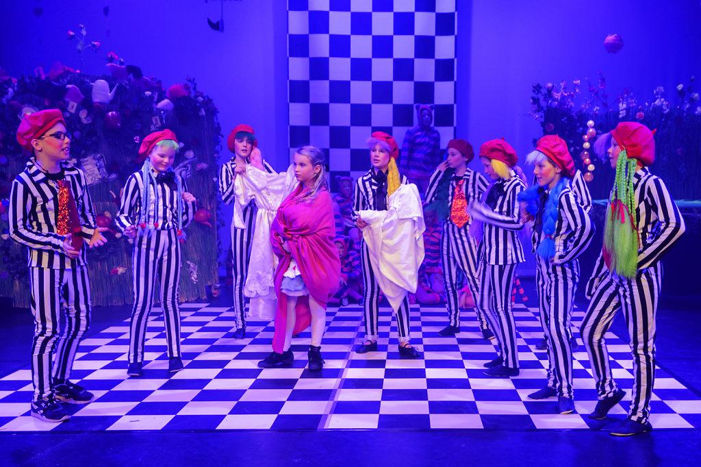 11. Wonderland. Mamagaai. 9-3-2019